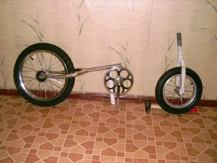 раму старого велосипеда,